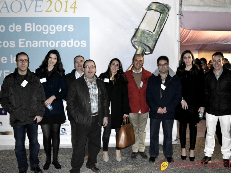 Miembros de la Asociación AEMODA asistentes al III Encuentro de tuiteros Enamorados de los Aceites de Oliva Vírgenes Extras -AOVEs-